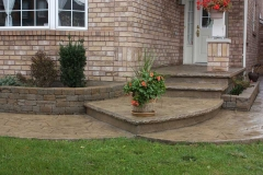 #74 Arizona Flagstone Pattern with Rock Texture Bullnose and Interlocking Garden Wall