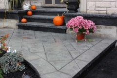 #76 York Stone Pattern with Rock Texture Bullnose.